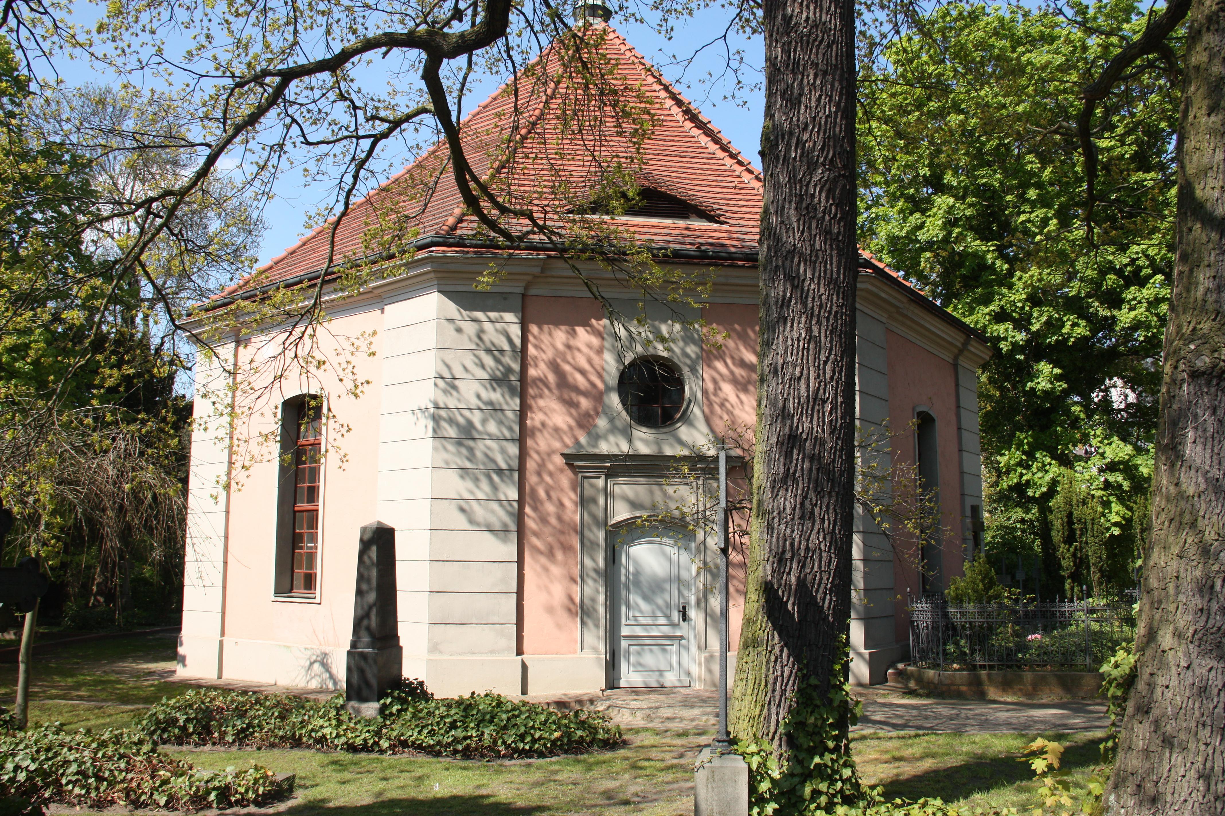 Die Alte Dorfkirche in Berlin-Zehlendorf © Boris Buchholz
